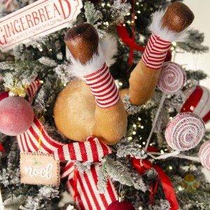 Κρεμαστό Χριστουγεννιάτικο διακοσμητικό δέντρου σε σχήμα ποδιών ταράνδου 70 εκ