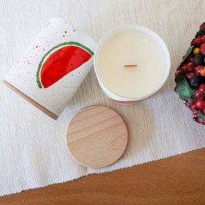 Κερί αρωματικό σόγιας σε γυάλινο βαζάκι ζωγραφισμένο στο χέρι με άρωμα καρπουζιού 9x8 εκ