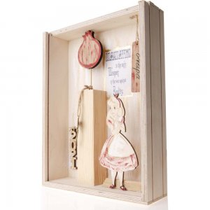 Ξύλινο κουτί γούρι Αλίκης στη Χώρα των θαυμάτων 22x7x29 εκ