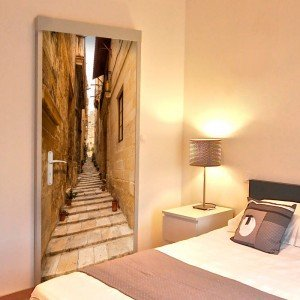 Φωτοταπετσαρία πόρτας - Photo wallpaper – Narrow alley I 70X210 εκ