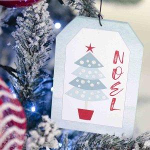 Παιδικό όνειρο Christmas Candyland ολοκληρωμένη διακόσμηση Χριστουγεννιάτικου δέντρου με 107 στολίδια