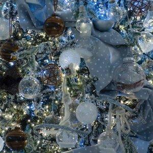 Frozen World ολοκληρωμένη διακόσμηση Χριστουγεννιάτικου δέντρου με 86 στολίδια