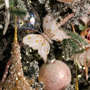 Romantic Μiracle ολοκληρωμένη διακόσμηση Χριστουγεννιάτικου δέντρου με 94 στολίδια