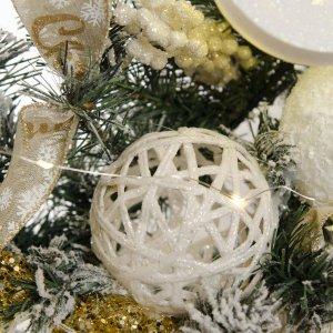 White Luxury Harlequin έτοιμο στολισμένο Χριστουγεννιάτικο χιονισμένο στεφάνι με λαμπάκια 120 εκ