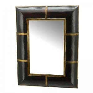 Καθρέφτης με ξύλινο πλαίσιο και δέρμα 40x56 εκ