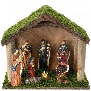 Χριστουγεννιάτικη ξύλινη φάτνη με φιγούρες πολυρεζίν