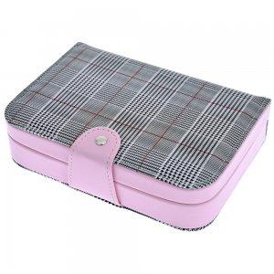 Μπιζουτιέρα βιβλίο σε ροζ χρώμα με καρώ ύφασμα 20x14x5 εκ