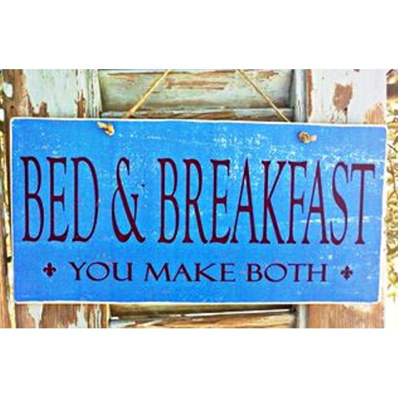 Ρετρό ξύλινος πίνακας χειροποίητος 'Bed & Breakfast-You make both'