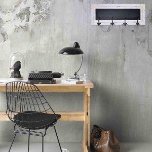 Ξύλινη κρεμάστρα vintage με μαύρο και λευκό ταμπλό 69x7x27 εκ
