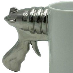 Κούπα καφέ πορσελάνης με χερούλι πιστόλι