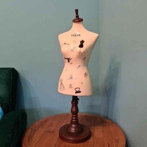 Μπούστο Βιτρίνας Ξύλινο 75cm