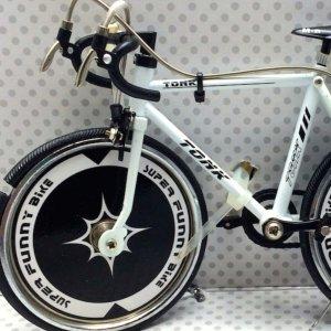 Mεταλλικό ποδήλατο διακοσμητικό - Racing