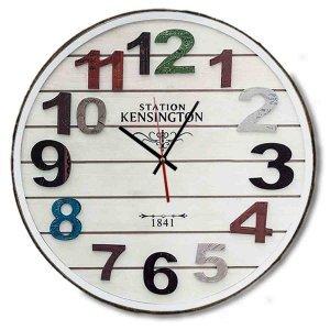 Ξύλινο χειροποίητο ρολόι τοίχου με πολύχρωμα νούμερα και λευκό deck