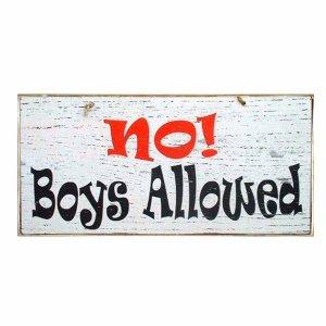 Vintage ξύλινος χειροποίητος πίνακας 'No boys allowed'