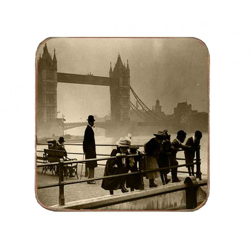 Σουβέρ Ξύλινo Χειροποίητo London  10074